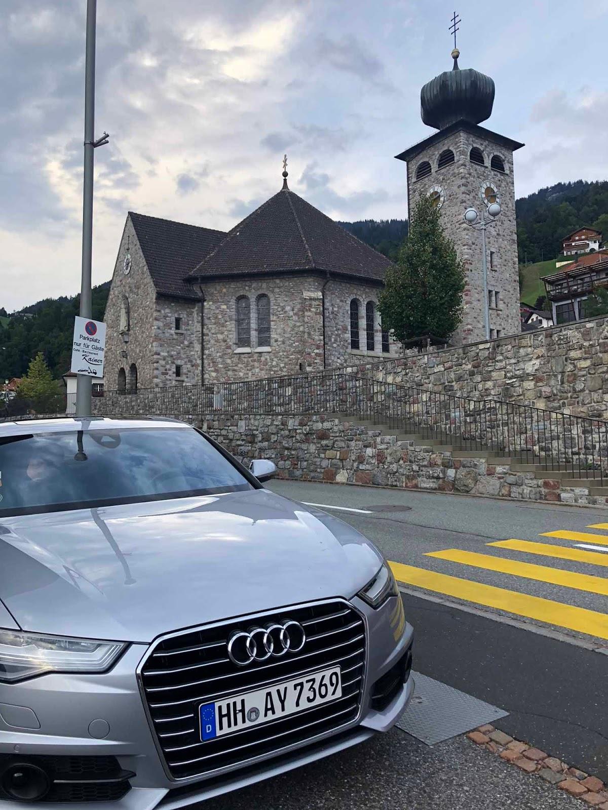 Liechtenstein Pfarrkirche Triesenberg