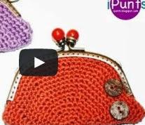 http://ipunts.blogspot.com.es/2014/04/videotutorial-monederos-crochet.html