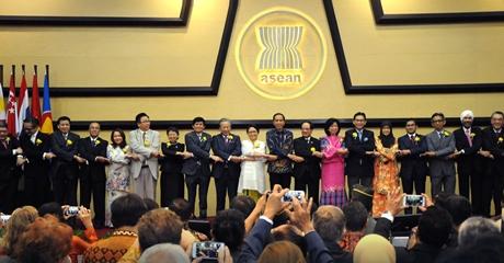Ancaman Terorisme di Negara-Negara ASEAN, Presiden Jokowi: Serangan di Marawi Jadi 'Wake Up Call' Bagi Kita