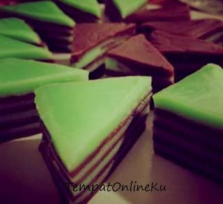 kue lapis pandan coklat