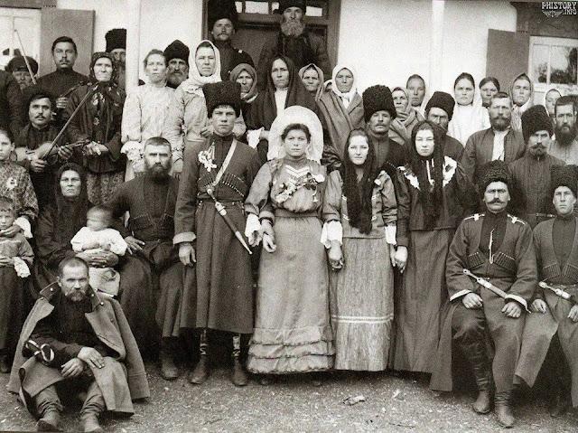 кубанские казаки и казачки начала 20 века, одежка казаков