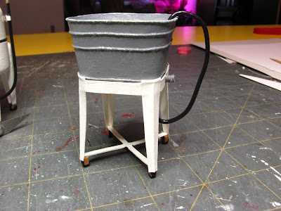1 INCH SCALE GALVANIZED WASH/UTILITY SINK - How to make a 1 inch scale dollhouse galvanized wash tub sink.