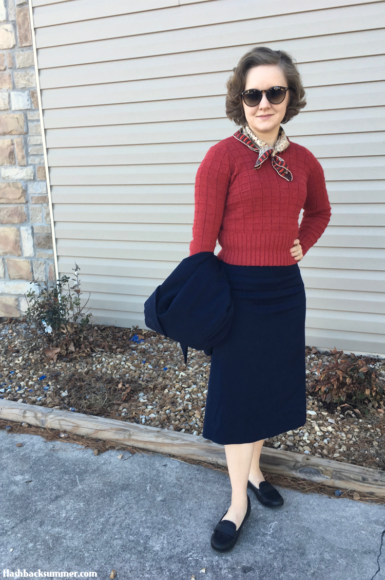 Flashback Summer: Navy Blue 1940s suit and handmade sweater