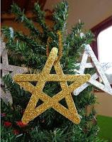 estrella para arbol de navidad con palitos de helado y brillantina