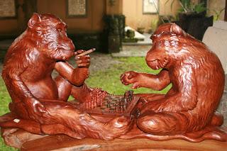 Indonesia. Bali. Woodcarving. Индонезия. Бали. Резьба по дереву.