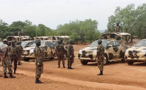 Army General Escapes Lynching By Hungry Soldiers