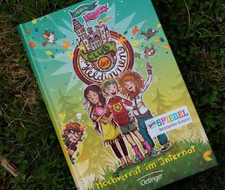 """Das neue Kinderbuch von Nina Weger: """"Club der Heldinnen Band 2: Hochverrat im Internat"""""""