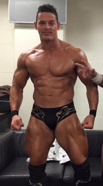 Sexy Bodybuilder Wrestler 74