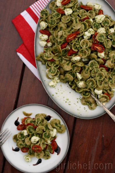 Caprese Pasta Salad + Hodgson Mill #SummerPastabilities Contest & Giveaway | www.girlichef.com