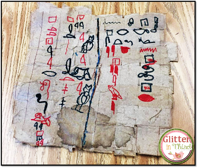 Looking for Ancient Egypt activities, printables, and projects for your students? Check out this craft to make papyrus out of paper towels!
