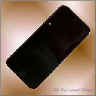 Foto de um iPhone 6 da Apple novo, após a troca do que estava danificado.