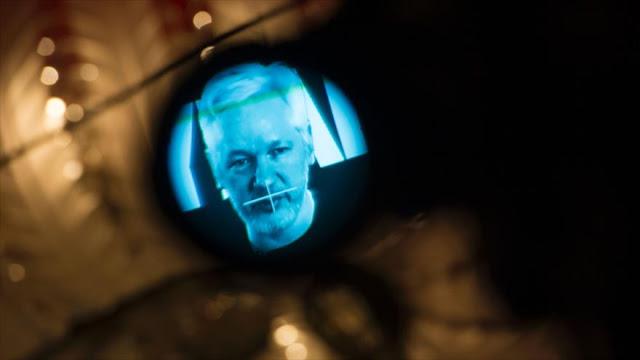 Ecuador podría dejar de dar asilo a Assange con condiciones