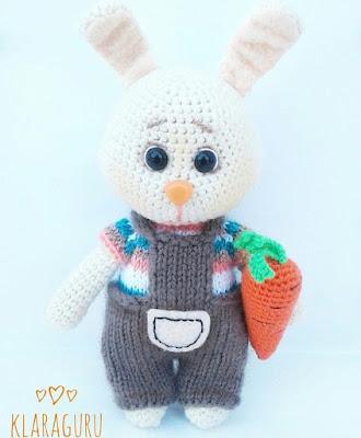 Зайка с морковкой крючком