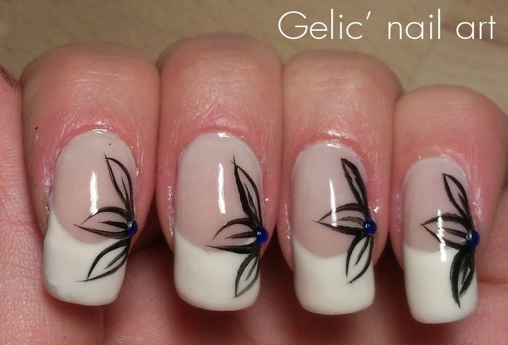 Gelic' nail art: Side-flower french manicure 2