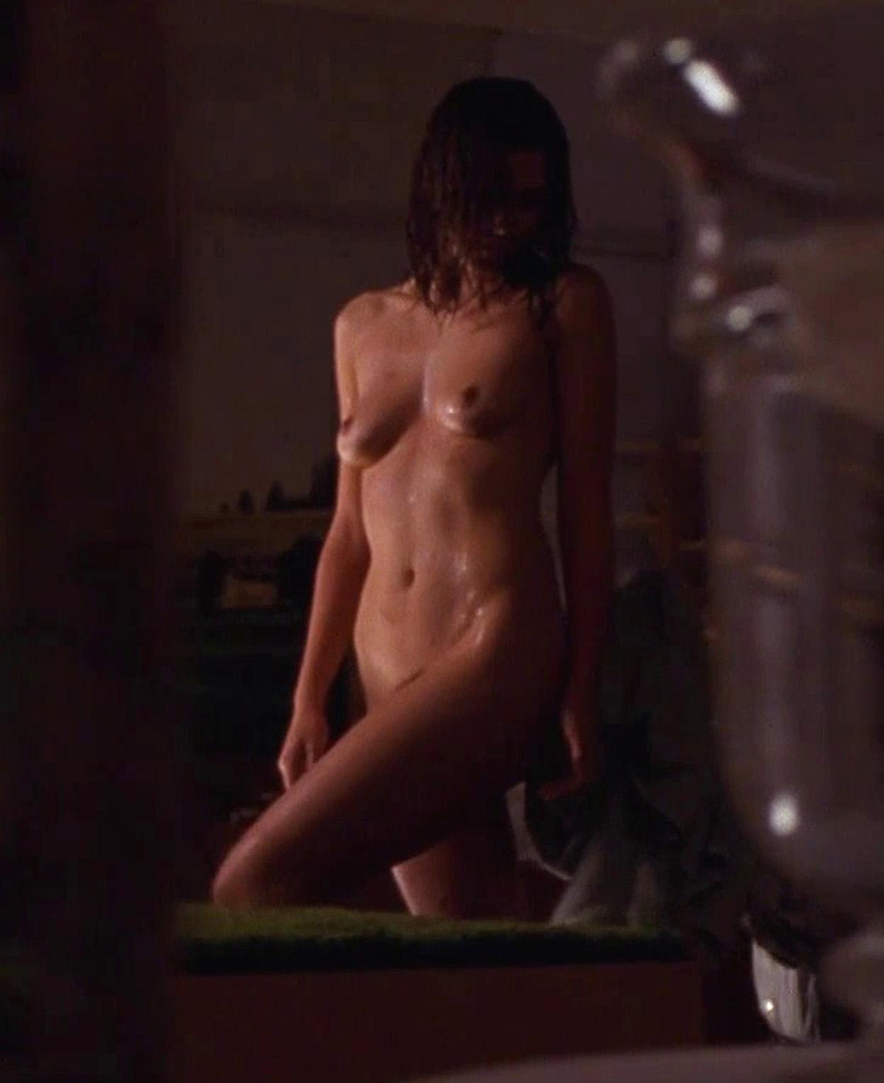 Maggie Gyllenhaal Nudes 56
