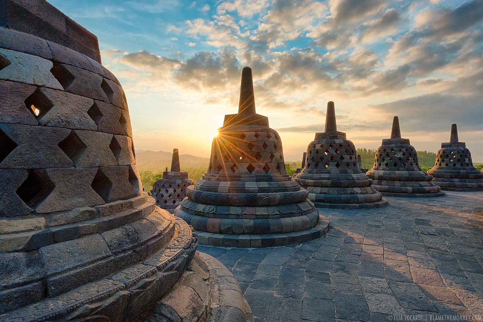 Teori Masuknya Hindu-Budha di Indonesia - Maringngerrang