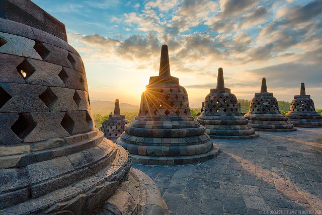 Teori Masuknya Hindu-Budha di Indonesia