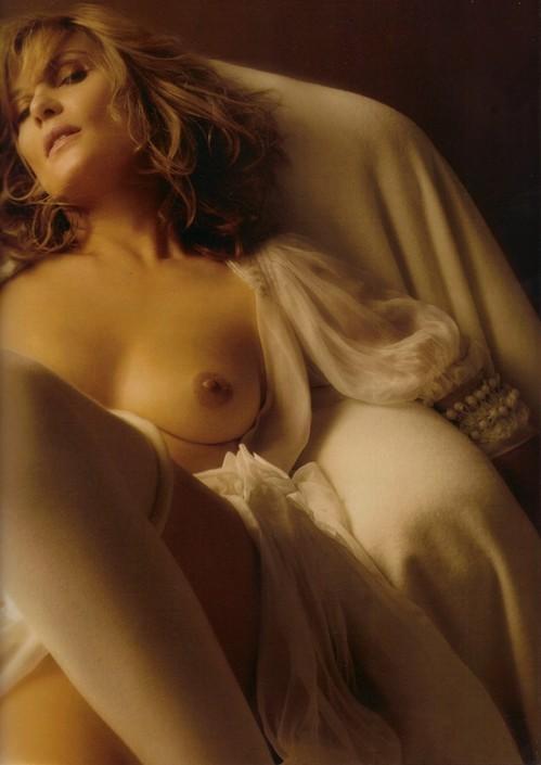 69 Images 69 Emmanuelle Seigner