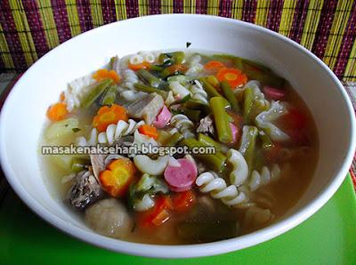 Resep Sup Makaroni Sosis Sayuran