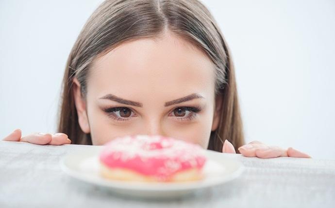 Bagaimana menghindari Junk Food dan Menurunkan Berat Badan - Tips Dan Trik Efektif Menghentikan Kecanduan Junk Food