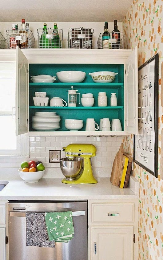 Loving Right Now: Kitschy Vintage Kitchen Decor