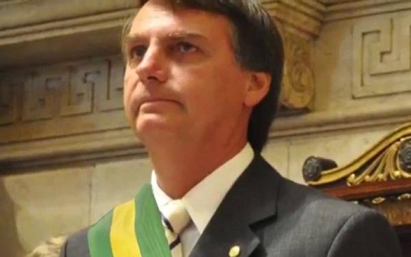 Bolsonaro pretende acabar com a reeleição, se for eleito presidente (Imagem: Reprodução/Direitas Já)