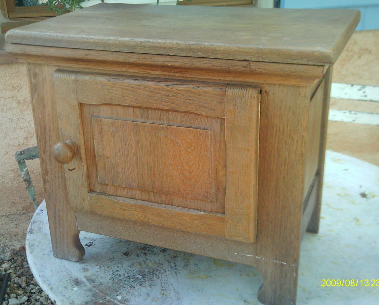 petit meuble rangement coffre bois chene. Black Bedroom Furniture Sets. Home Design Ideas