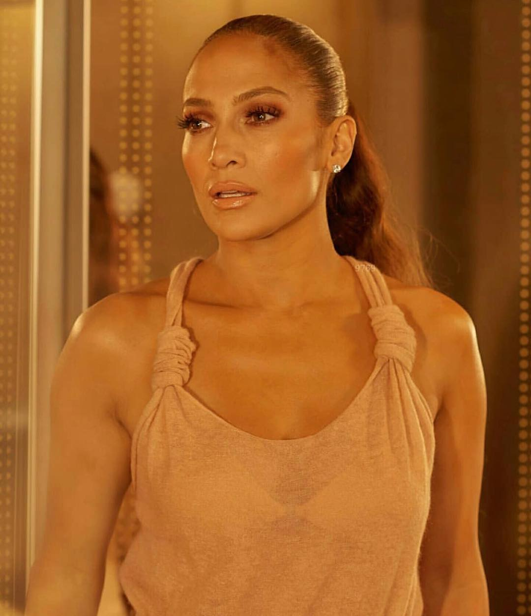 Jennifer Lopez Photos | Jennifer Lopez Pics - HD Actress Photo
