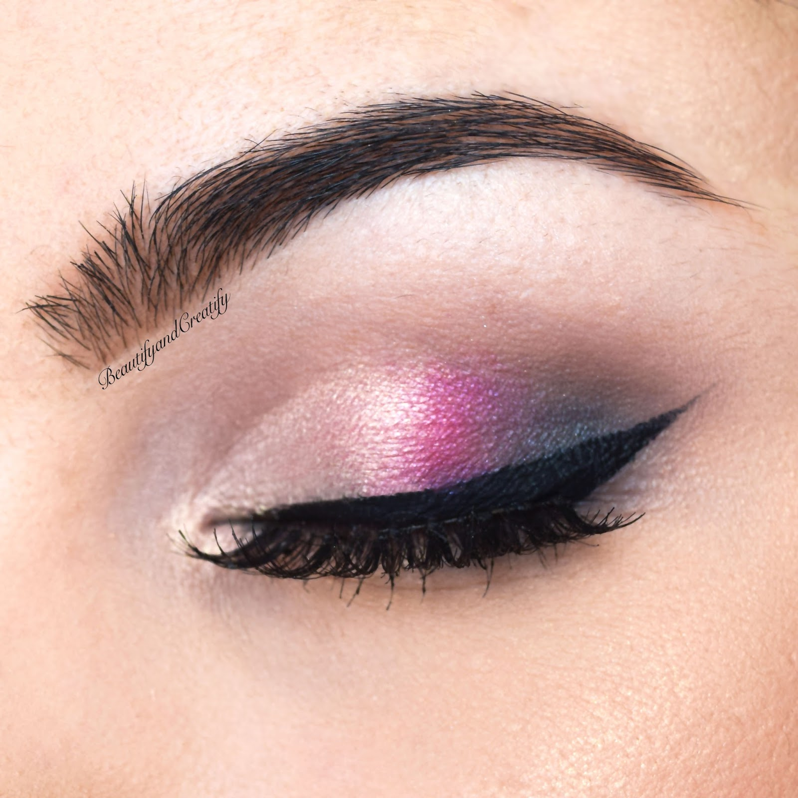 Beautify and creatify valentines day makeup tutorial too faced realistically though not everyone wears pink on wednesdays but most of the girls still go with pink touch on v day so without a further due baditri Gallery