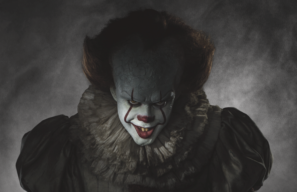 pennywise the clown revealed for stephen king s it entertainment weekly gave us our first look at bill skarsgaringrd s pennywise costume for next year s stephen king s it film due out 2017