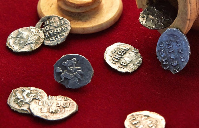 Russian archaeologists stumble upon 16th century coins stashed in ivory chess figure