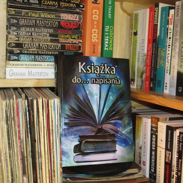 """Poznajcie """"Książkę do... napisania"""""""
