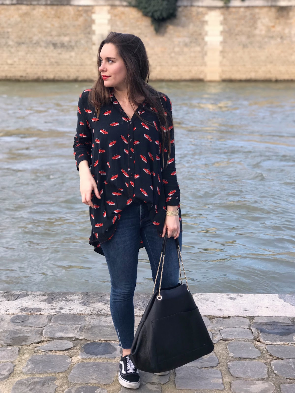 look chemise voitures rouges 11