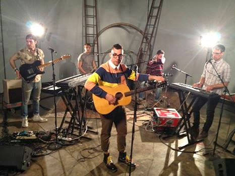 Lena Dunham dirige un video para la banda Bleachers