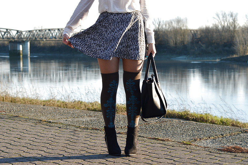 613344489 How to wear over the knee socks with a skirt - The Dress Sense