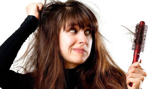 Penyebab dan Cara Mengatasi Rambut Rontok
