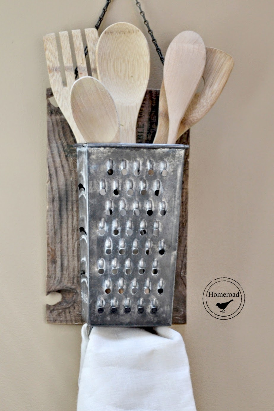Upcycling Ideas Upcycled Kitchenware Utensils Reduce Reuse Recycle Upcycle Kitchen Vintage Old DIY Cheese Grater Organizer