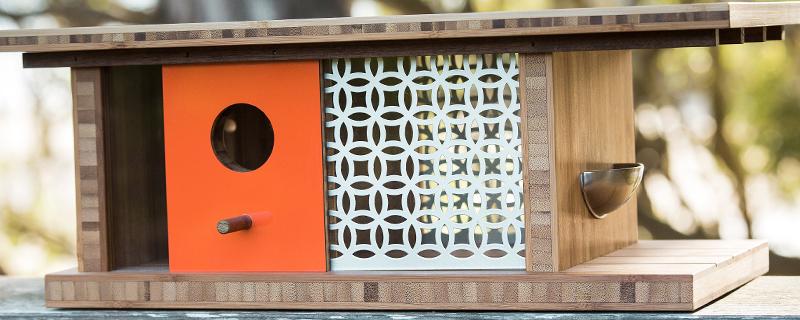Casas de pájaros que rinden homenaje a la Bauhaus