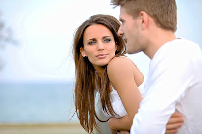 men adore confident woman