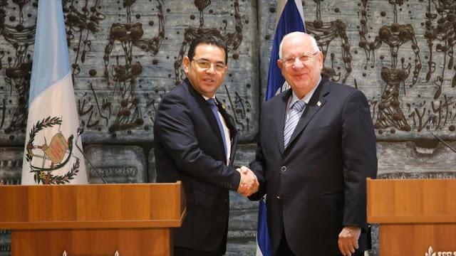 ¿Por qué Israel costea viaje y gastos de presidente de Guatemala?