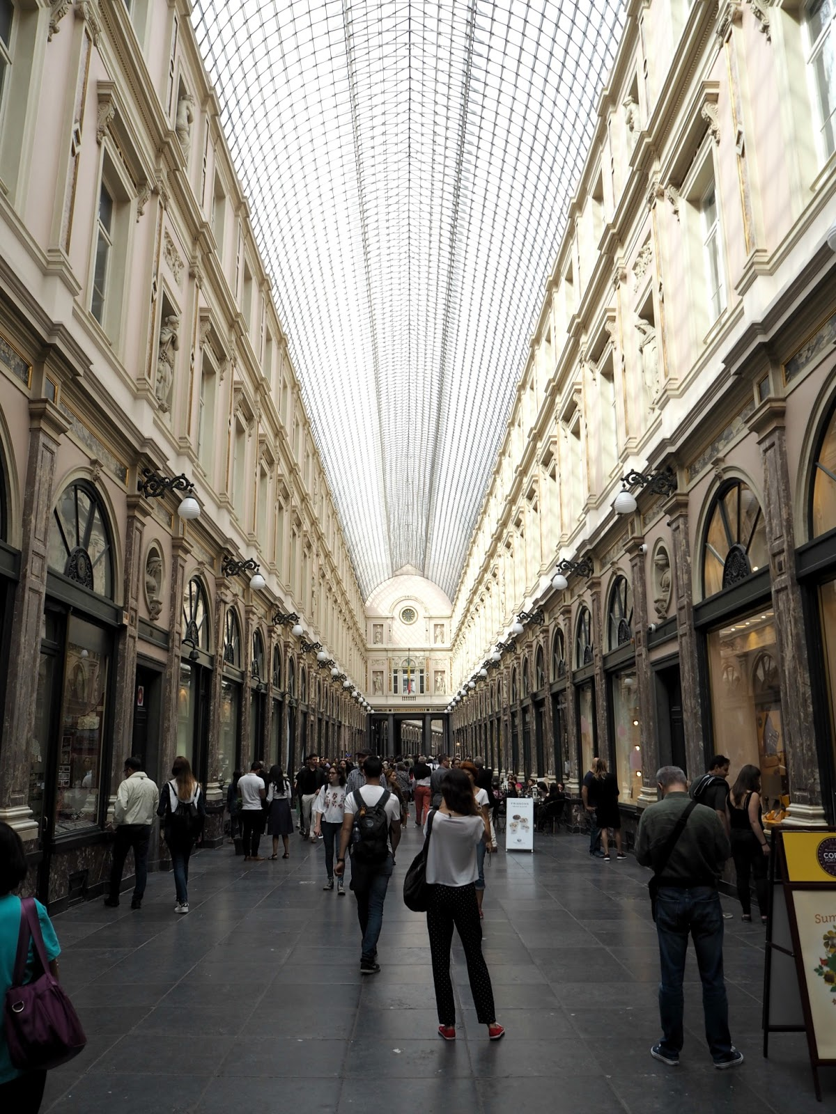 Brussels day trip galeries royales saint hubert