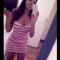 Novinha 18 aninhos mandou nudes da sua bucetinha vazou na net