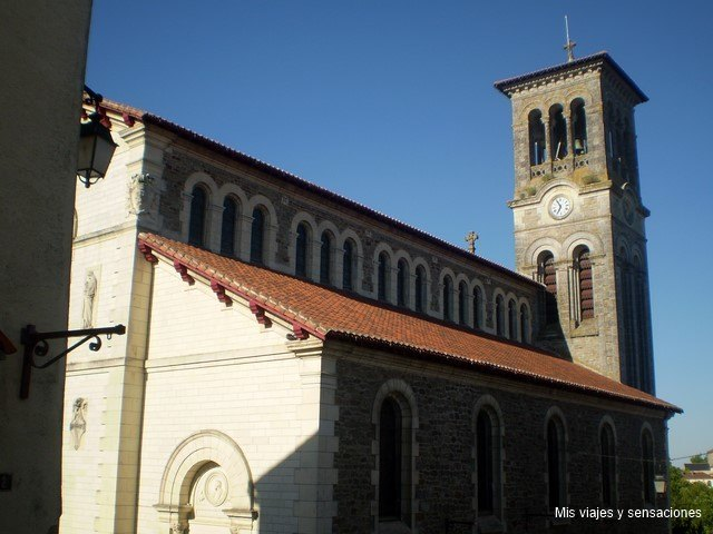 Iglesia de Notre Dame, Clisson, Francia