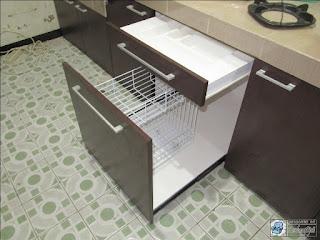 Kitchen Set Minimalis Desain Warna Corak Kayu Tua Bahan Multiplek HPL