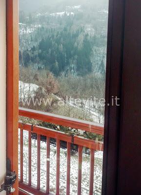 decorare balcone inverno montagna