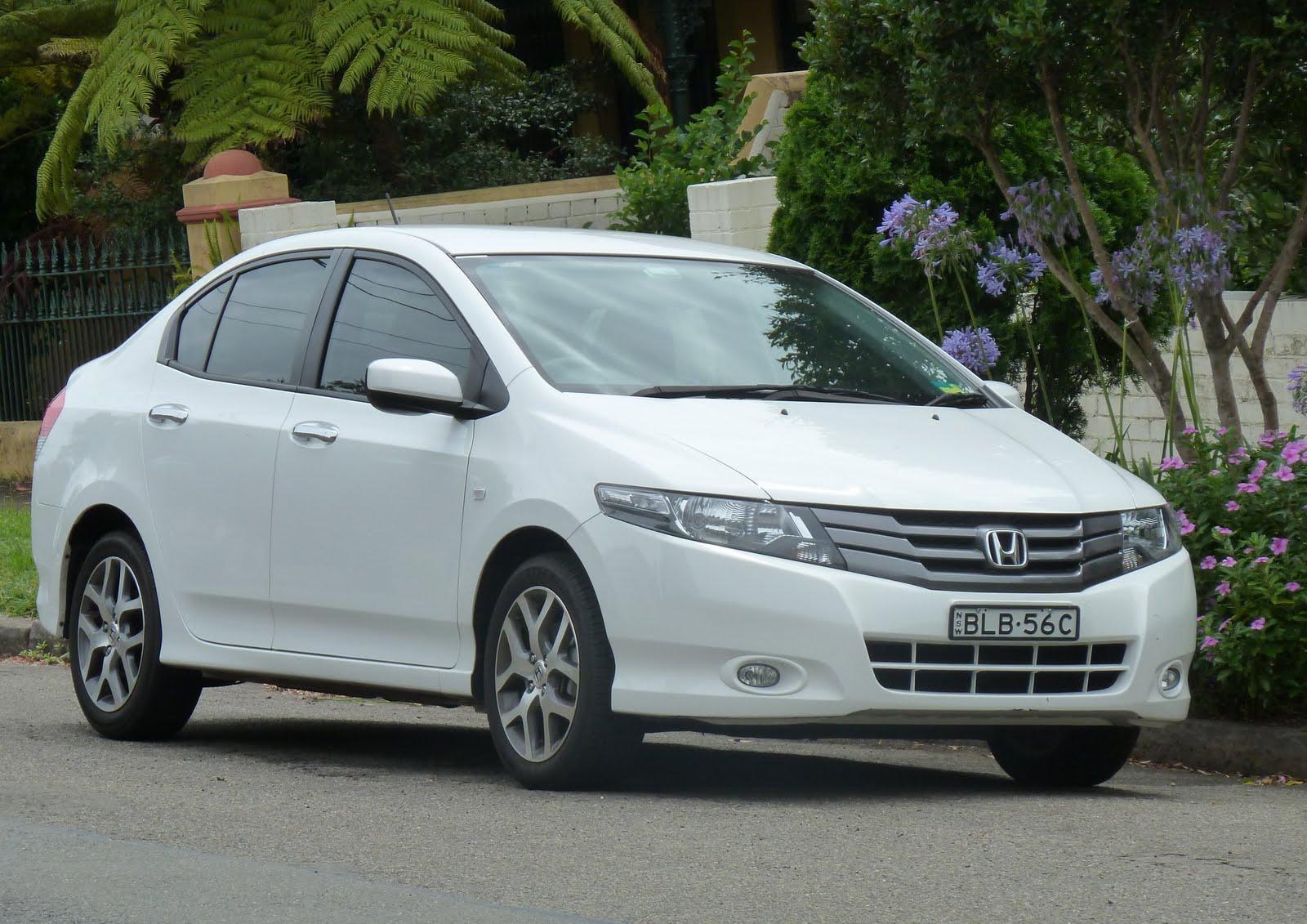 Car Wallpapers: Honda City 2011 car wallpaper review specs ...