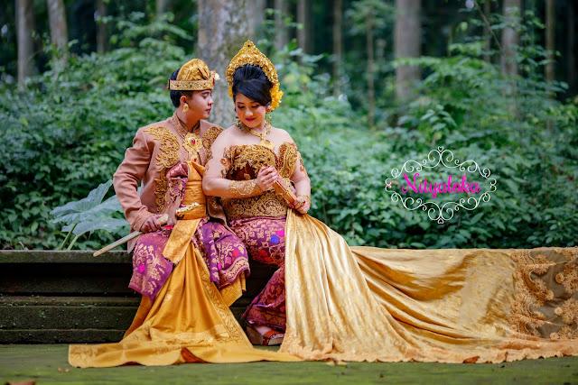 Foto prewedding lokasi uluwatu jakarta malang bali medan surabaya bandung paket rias make up gaun bridal lengkap