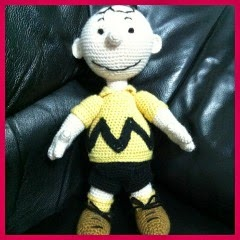 CHARLIE BROWN AMIGURUMI