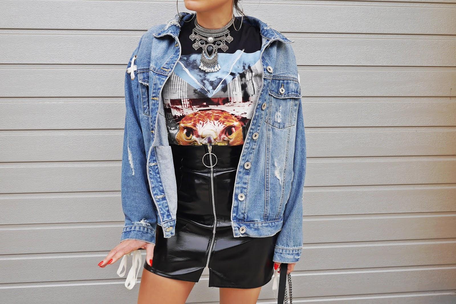 print t-shirt latex skirt  denim jacket karyn blog modowy