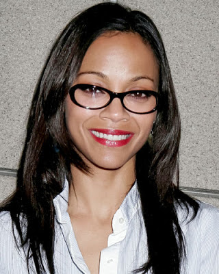 Zoe Saldana: Oval Face poor fitting glasses
